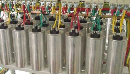 哪些因素会导致CBB61电容器损坏?