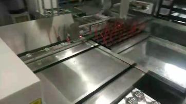 电容器生产设备